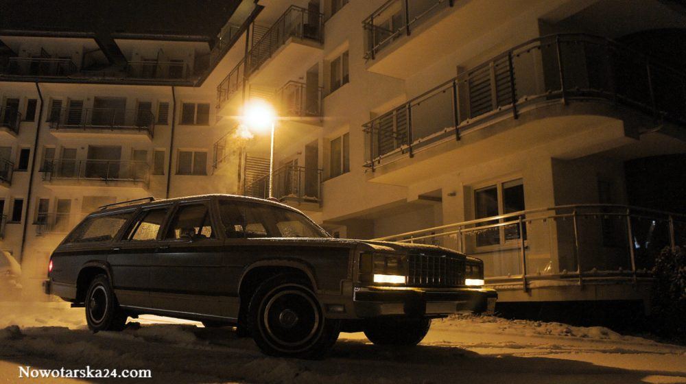 1982 Ford LTD Crown Victoria woodie Griswold 20.11.2017 Zakopane Nowotarska 24